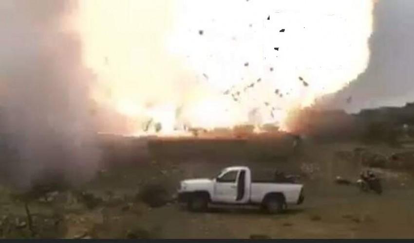 شاهد .. بيان حوثي عاجل يكشف عن نصر كبير للجماعة وينشر مشاهد حية للعملية الكبرى في محافظة البيضاء ( فيديو )