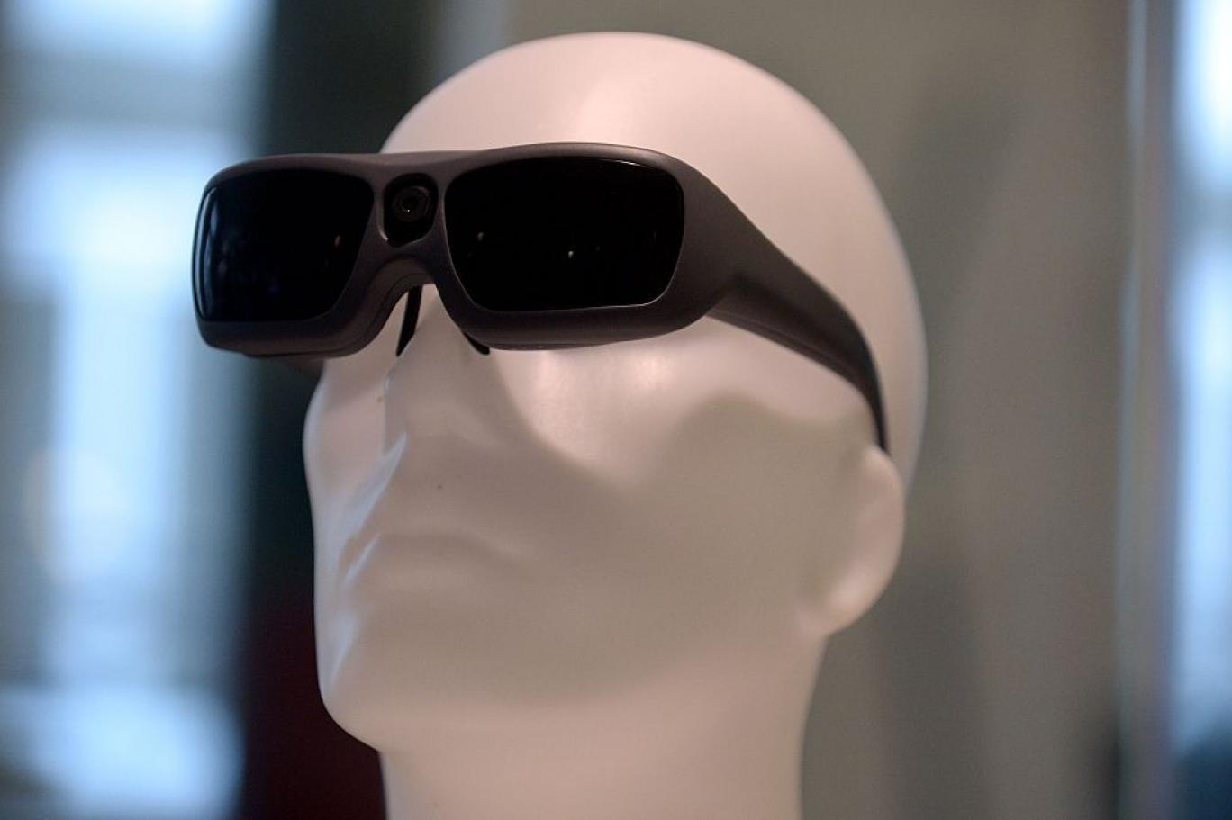 علم الأعصاب والتكنولوجيا قد يسمحان يوما بإعادة قدرة البصر لدى بعض المكفوفين ..!!