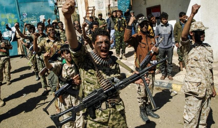 صحفي موالي للشرعية : الحوثي نجح في إستنزاف قبائل مأرب والعد التنازلي لسقوط المدينة بيد مقاتلي الجماعة بدأ وهذه حقيقة لا يمكن إنكارها