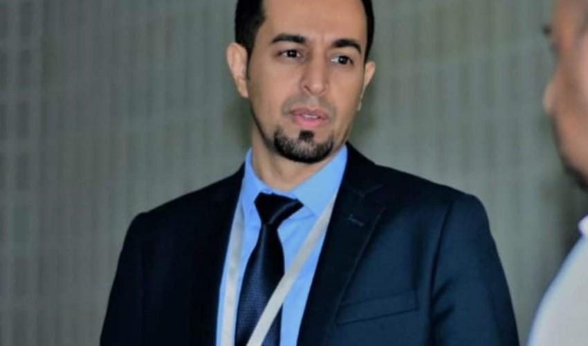 عاجل | مسؤول حكومي في صنعاء ينشر رسالة مؤثره عقب قرار إقالته من منصبه .. من هو وماذا قال ..؟! ( اسم + صورة)