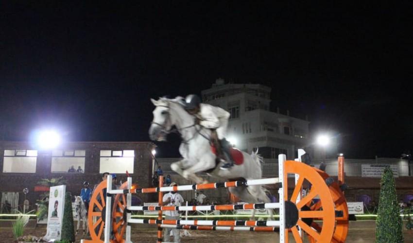 اختتام منافسات بطولة ثورة 21 سبتمبر للفروسية لقفز الحواجز والأنسي بطلا للبطولة