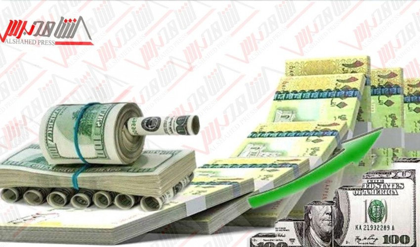 انحدار مخيف للريال اليمني أمام الدولار في عدن وتراجع ملحوظ لأسعار الصرف في صنعاء